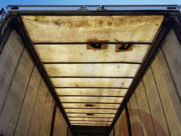 Remorque Leveques Rideaux coulissants P.L.S.C. 10m40 PORTE-CHARIOT MANITOU BLANC - ROUGE - 10