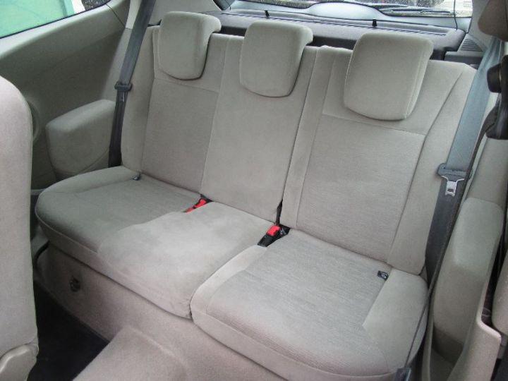 Renault CLIO 1.6 16V 110CH CONFORT DYNAMIQUE BVA 3P ROUGE Occasion - 9