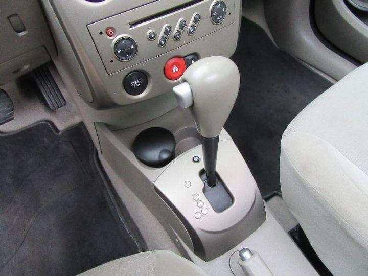 Renault CLIO 1.6 16V 110CH CONFORT DYNAMIQUE BVA 3P ROUGE Occasion - 10