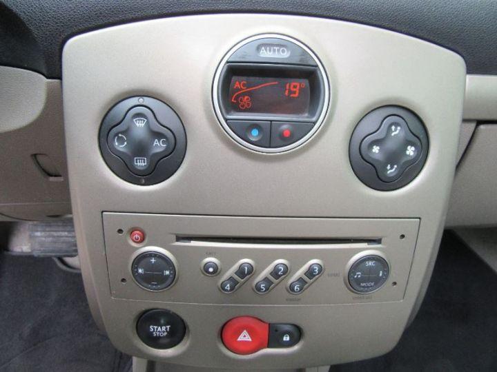 Renault CLIO 1.6 16V 110CH CONFORT DYNAMIQUE BVA 3P ROUGE Occasion - 11