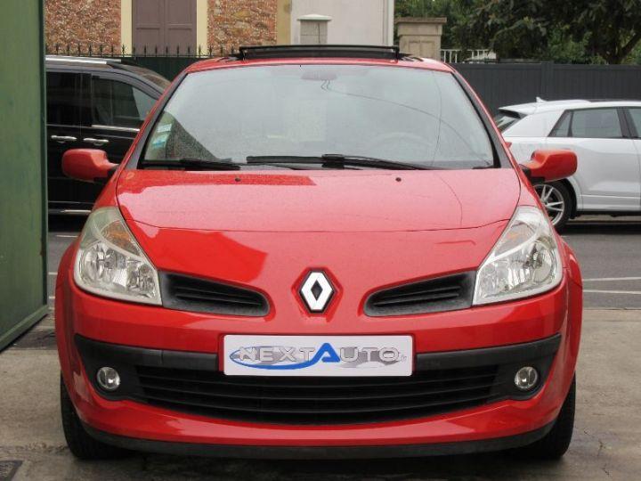 Renault CLIO 1.6 16V 110CH CONFORT DYNAMIQUE BVA 3P ROUGE Occasion - 6
