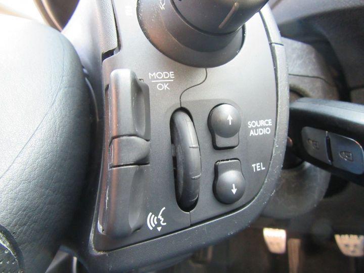 Renault Clio 1.6 16V 128CH 3P Bleu - 12