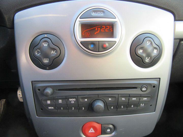 Renault Clio 1.6 16V 128CH 3P Bleu - 15