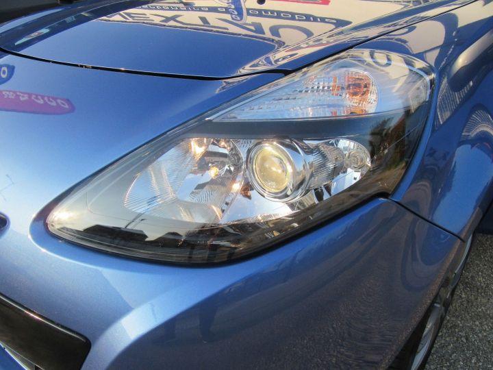 Renault Clio 1.6 16V 128CH 3P Bleu - 16