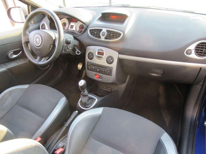Renault Clio 1.6 16V 128CH 3P Bleu - 17