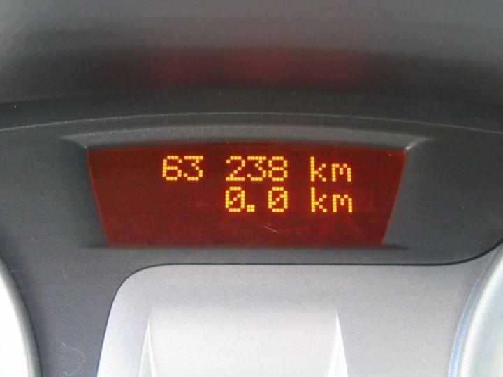 Renault Clio 1.6 16V 128CH 3P Bleu - 19