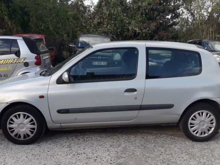 Renault Clio 2 II 1.5 DCI 65 EXPRESSION  - 8