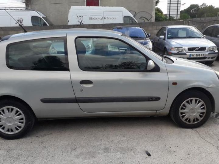 Renault Clio 2 II 1.5 DCI 65 EXPRESSION  - 10