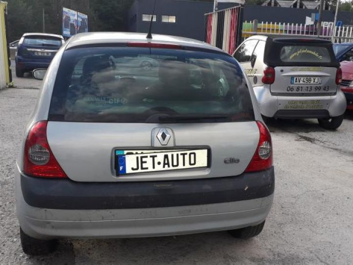 Renault Clio 2 II 1.5 DCI 65 EXPRESSION  - 11