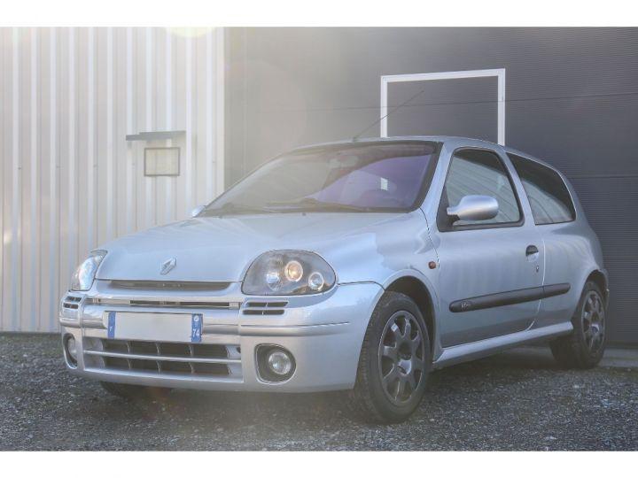 Renault Clio 2 RS1 16v SHIFTLIGHT Gris Clair - 2