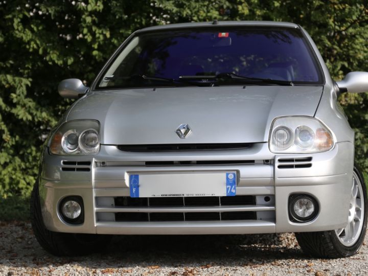 Renault Clio 2 RS1 16v SHIFTLIGHT Gris Clair - 2