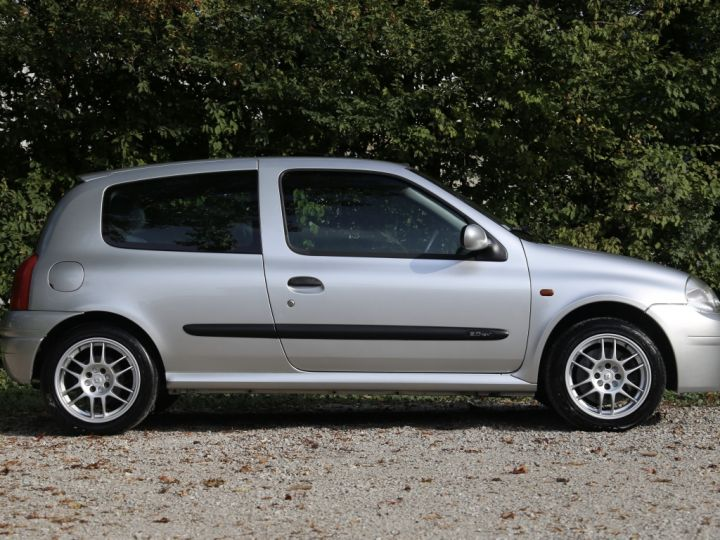 Renault Clio 2 RS1 16v SHIFTLIGHT Gris Clair - 3