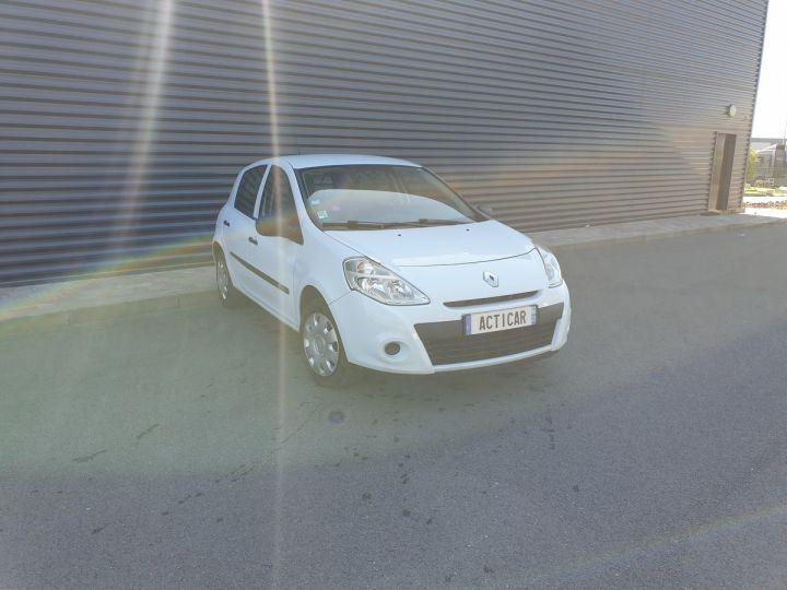 Renault Clio 3 iii 1.2 16v 75 cv alize 5 portes Blanc Occasion - 2
