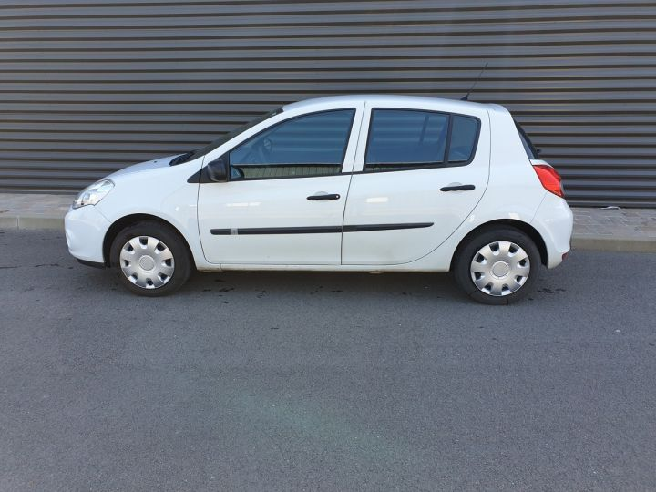 Renault Clio 3 iii 1.2 16v 75 cv alize 5 portes Blanc Occasion - 4
