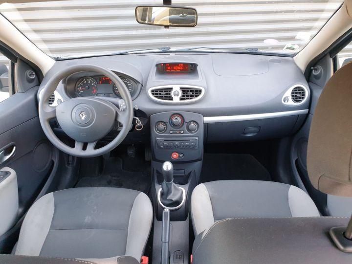 Renault Clio 3 iii 1.2 16v 75 cv alize 5 portes Blanc Occasion - 5