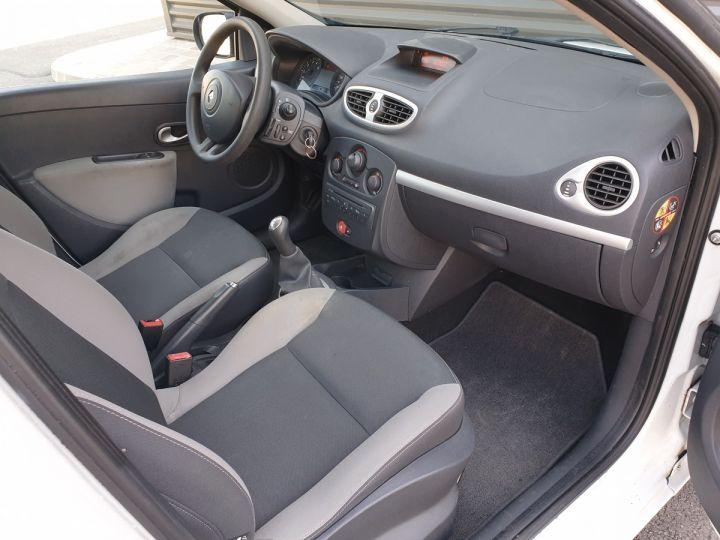 Renault Clio 3 iii 1.2 16v 75 cv alize 5 portes Blanc Occasion - 6