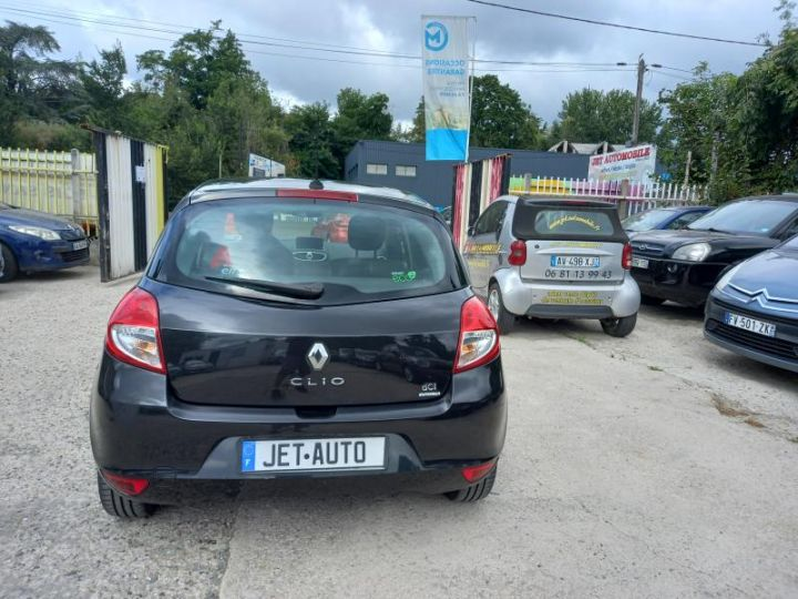 Renault Clio 3 III 1.5 DCI 90 TOMTOM 5P  - 11