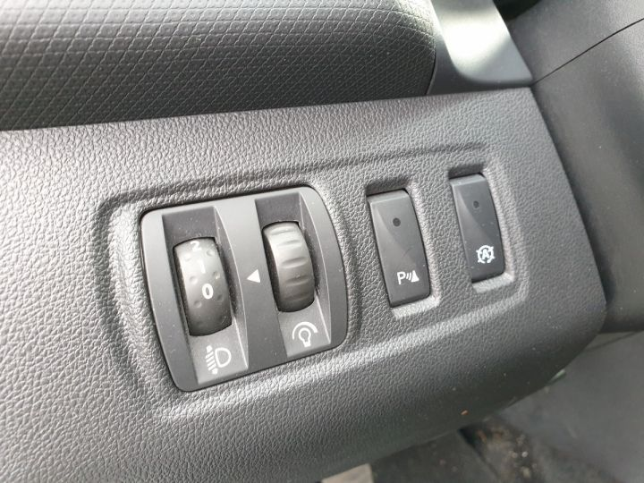 Renault Clio 4 estate 1.5 dci 90 business bv5 pi Blanc Occasion - 11