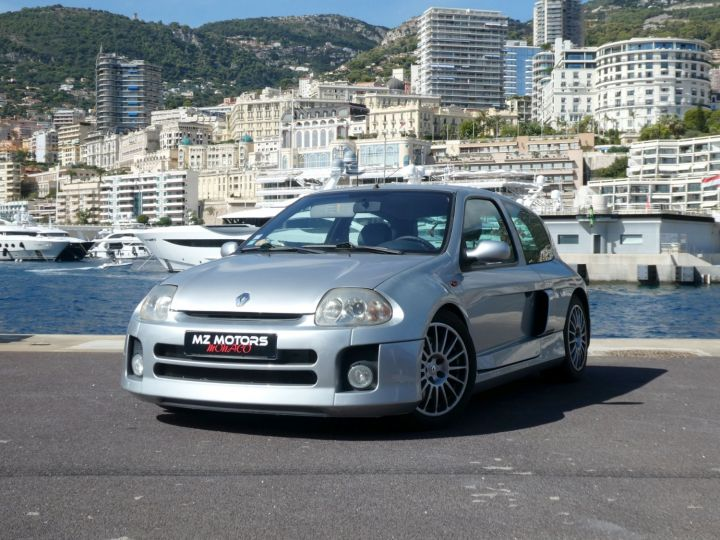 Renault Clio II V6 24S 230 RS 3P Argent Occasion - 2