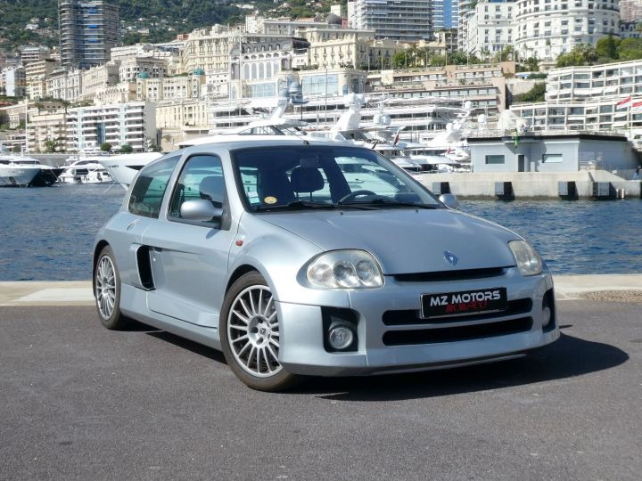 Renault Clio II V6 24S 230 RS 3P Argent Occasion - 4