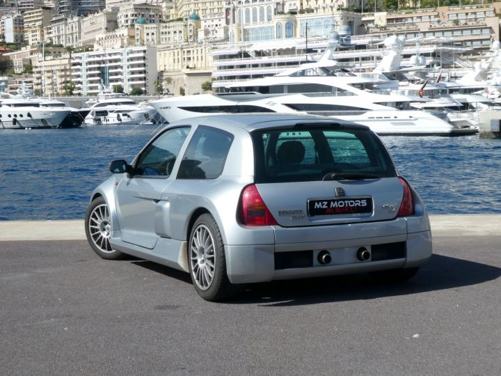 Renault Clio II V6 24S 230 RS 3P Argent Occasion - 9