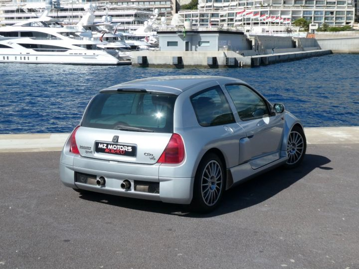 Renault Clio II V6 24S 230 RS 3P Argent Occasion - 13