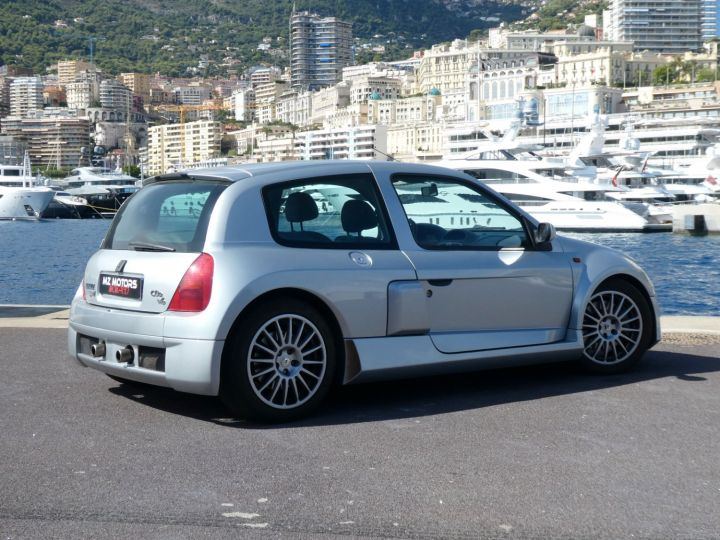 Renault Clio II V6 24S 230 RS 3P Argent Occasion - 15