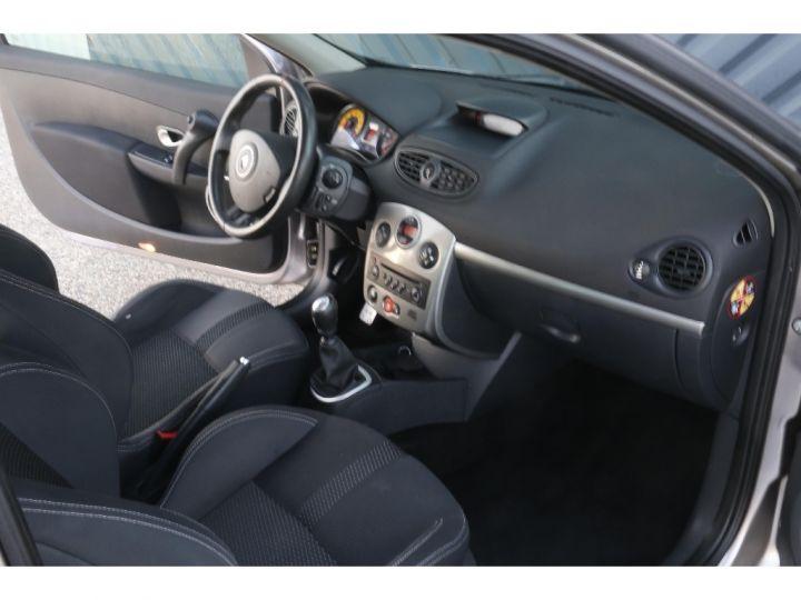 Renault Clio RS 3 2.0 16V 200 cv Gris Clair - 8