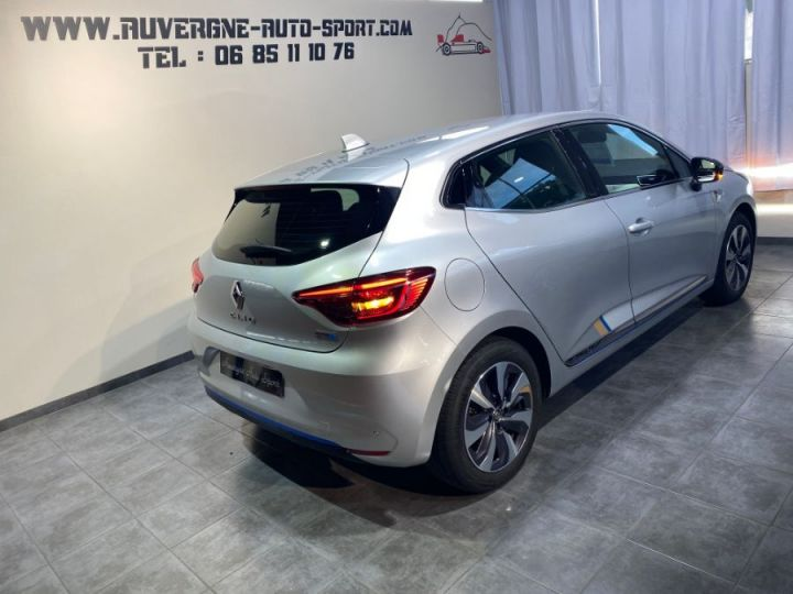 Renault Clio V 1.6 E-TECH 140-21 PREMIERE EDITION GRIS CLAIR - 4