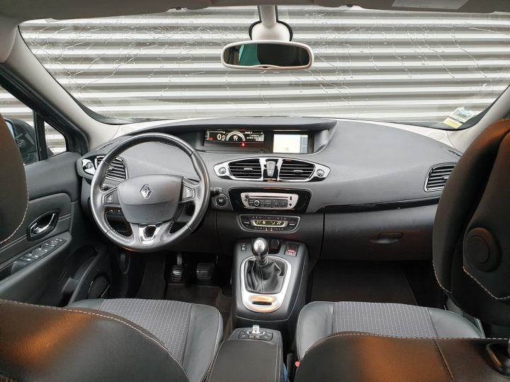 Renault Grand Scenic 3 1.5 dci 110 energy bose 7pl Gris Anthracite Occasion - 5