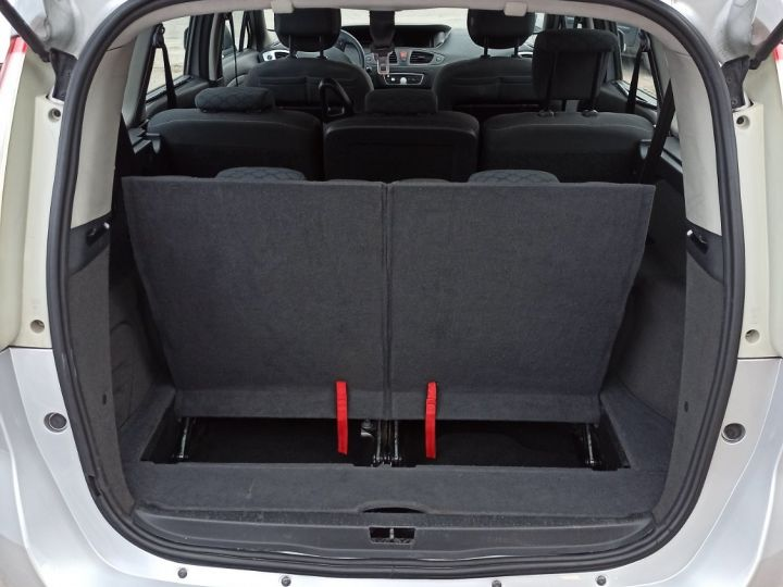Renault Grand Scenic renault scenic III 1.5 DCI 105 EXPRESSION 7 PL gris clair - 7