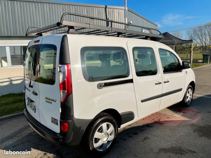 Renault Kangoo maxi cabine approfondie 5 places 11.200km  - 3