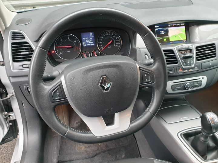 Renault Laguna 3 1.5 dci 110 business Gris Occasion - 10