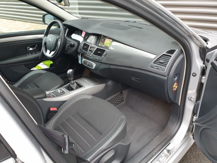 Renault Laguna 3 1.5 dci 110 business iiii Gris Occasion - 6