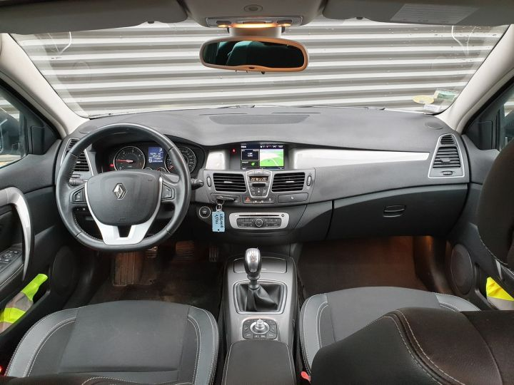 Renault Laguna 3 1.5 dci 110 business qi Gris Occasion - 5