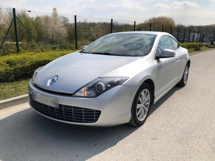 Renault LAGUNA 3 COUPE 2.0 DCI 150 DYNAMIC Gris Occasion - 5