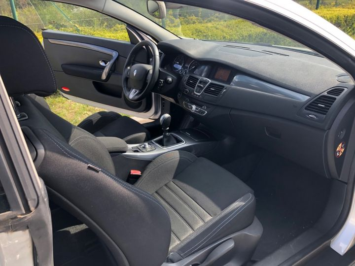 Renault LAGUNA 3 COUPE 2.0 DCI 150 DYNAMIC Gris Occasion - 7