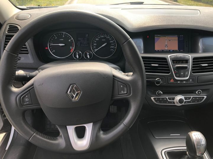 Renault LAGUNA 3 COUPE 2.0 DCI 150 DYNAMIC Gris Occasion - 8
