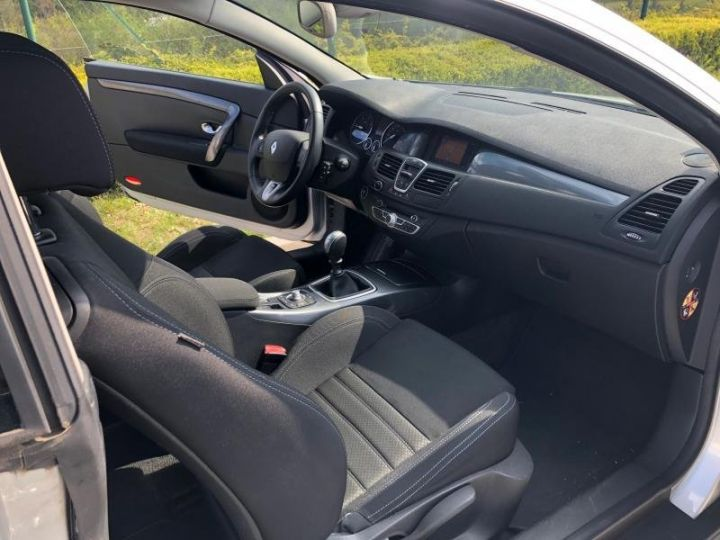 Renault LAGUNA 3 COUPE III COUPE 2.0 DCI 150 DYNAMIQUE Gris Occasion - 12