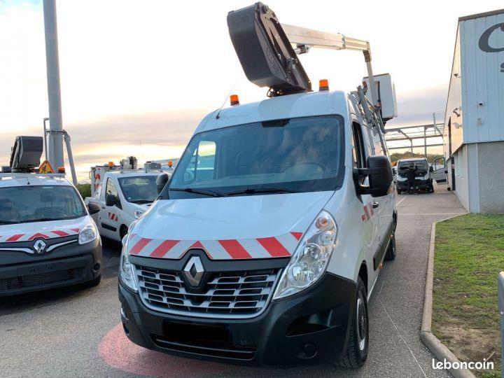 Renault Master 2.3 dci 130cv nacelle klubb  - 2