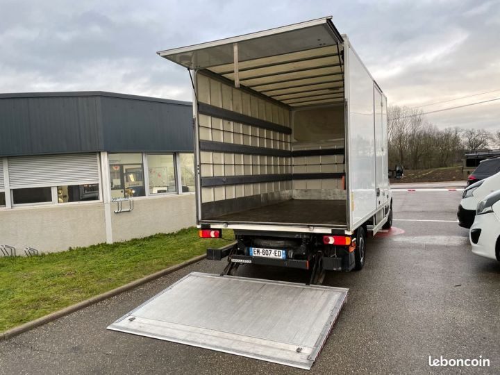 Renault Master 20m3 hayon porte latérale 77.000km  - 3