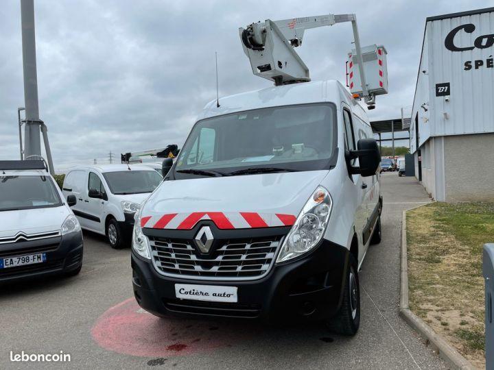 Renault Master l2h2 2.3 dci 125cv nacelle comilev 239h  - 2