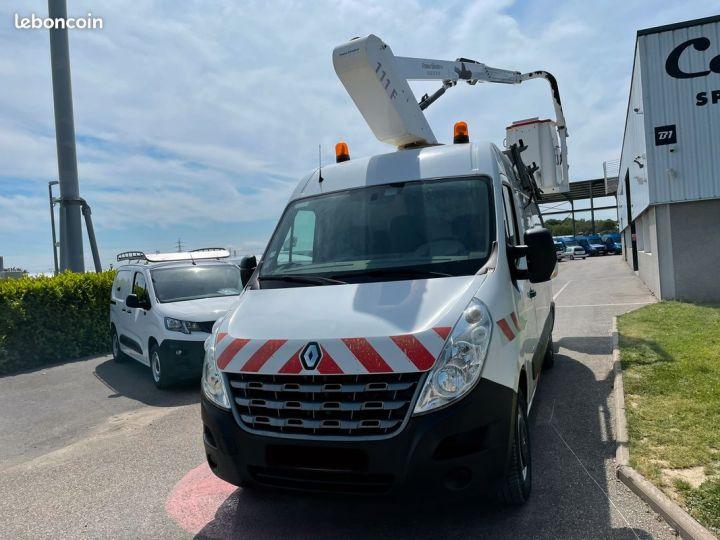 Renault Master l2h2 nacelle France Elevateur 3 places  - 2