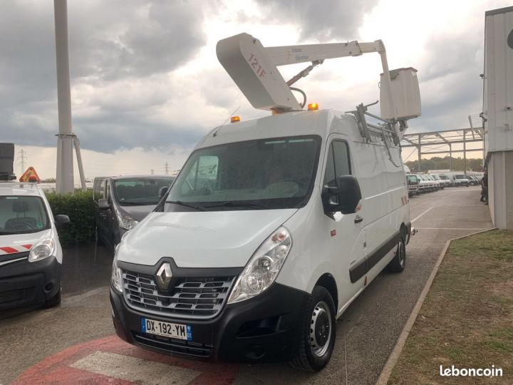Renault Master l2h2 nacelle France élévateur 580h  - 4
