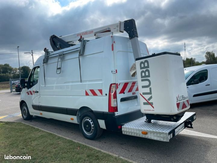 Renault Master l2h2 nacelle Klubb 3 places  - 2