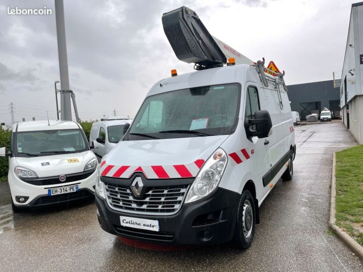 Renault Master l2h2 nacelle Klubb k32 2019  - 2