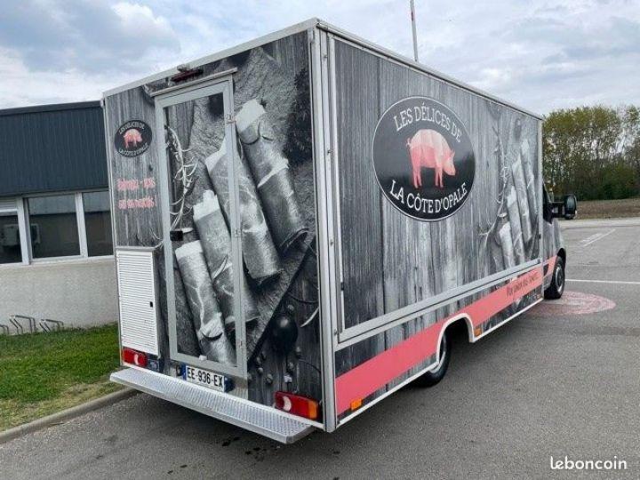 Renault Master PRIX TTC Superbe camion magasin boucherie bcc 4.5m  - 9