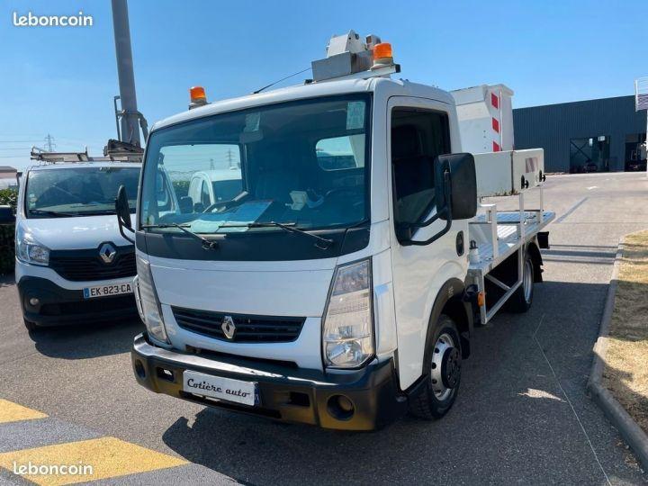 Renault Maxity nacelle comilev 100tvl  - 2