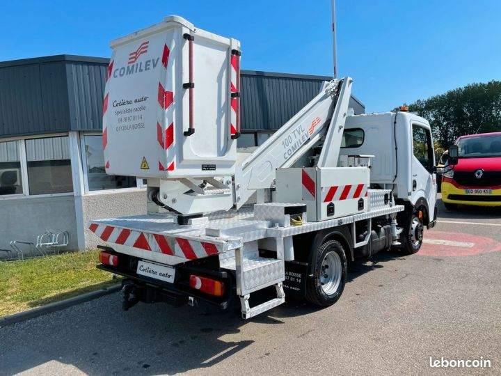 Renault Maxity nacelle comilev  - 3