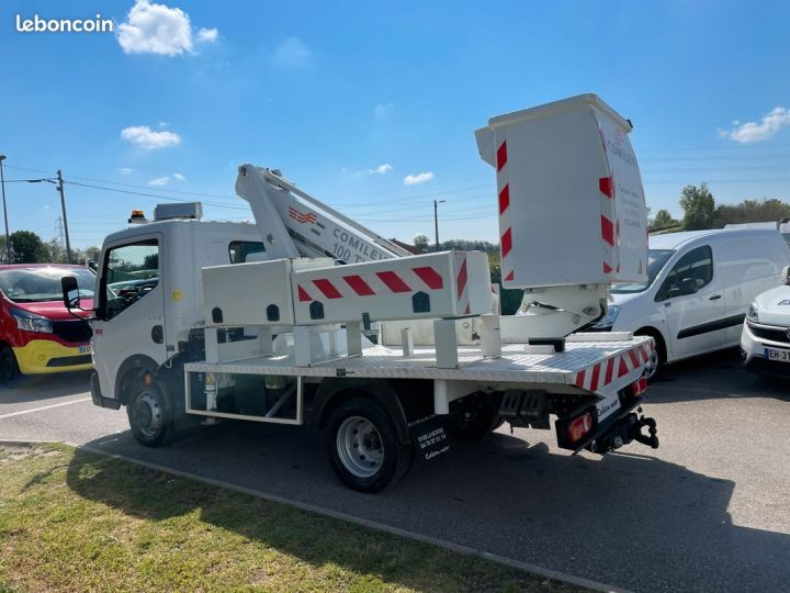 Renault Maxity nacelle comilev  - 4